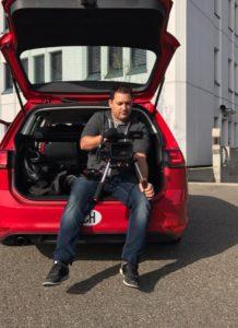 Leiter Online Marketing Agentur bei den Dreharbeiten einer Filmproduktion.