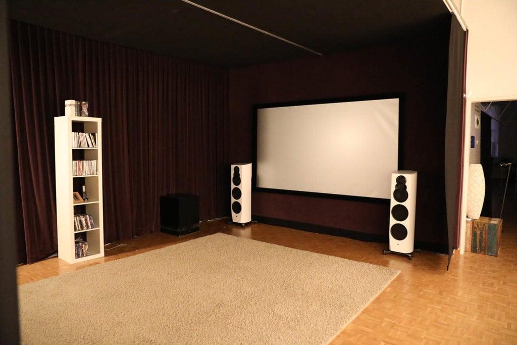 Das Demo Home Cinema in der tonbildspinnerei luzern
