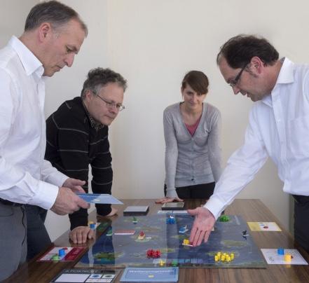 führungsseminar brettspiel simulation mitarbeiter workshop